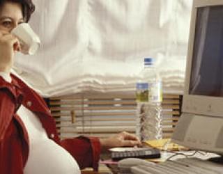 Les congés maternité devraient compter pour les retraites française