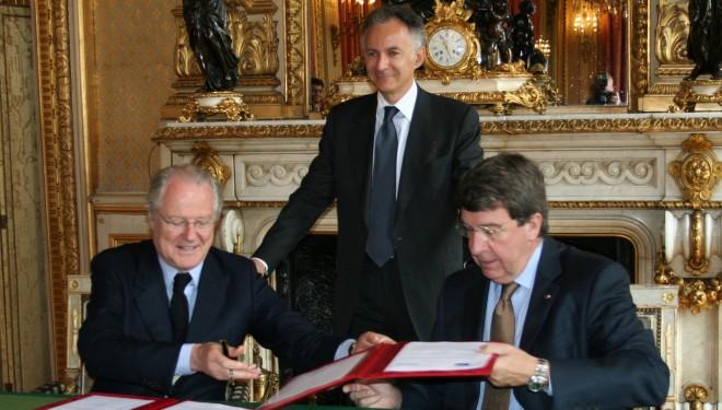 Signature d'un accord de partenariat entre l'Institut français et le Mémorial de la Shoah