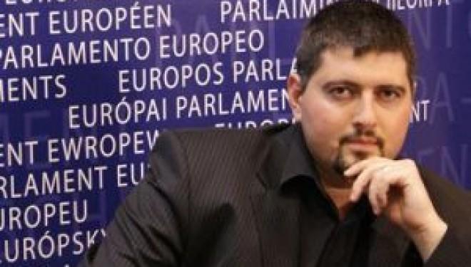 Un député antisémite hongrois découvre ses origines juives