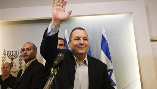 Israël: Ehoud Barak quitte la politique
