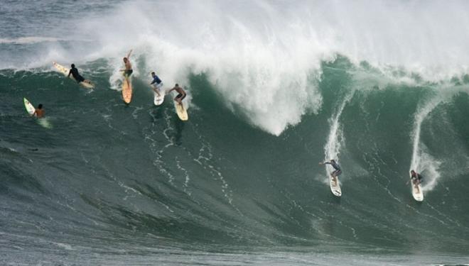 Trois surfeurs israéliens sauvent 8 enfants de la noyade à Hawaï !
