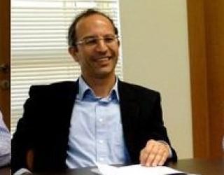 Haim Ouizeman : Essai sur le végétarisme – La compassion à l'égard de l'animal, un devoir !