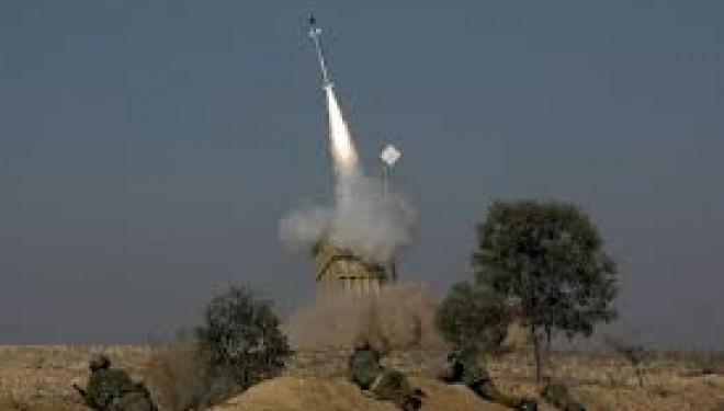 Deux roquettes tirées de Syrie explosent dans le Golan