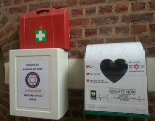 Le MDA Belgium installe 18 défibrillateurs cardiaques pour sauver toujours plus de vies