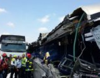 M.D.A. : Bilan de l'accident meurtrier entre un camion et un autobus