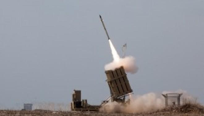 Israël déploie des batteries Iron Dome près de villes du sud