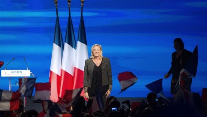 La cote d'avenir de Marine Le Pen s'envole !
