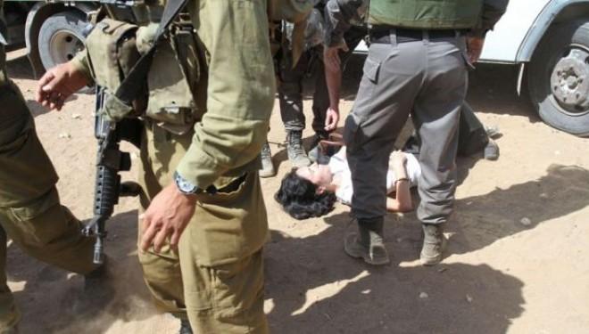 Paris écourte la mission d'une diplomate qui a giflé un soldat israélien !