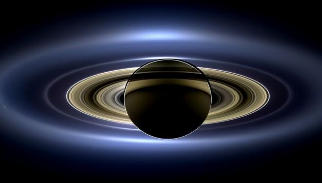Saturne : une photo de famille spectaculaire