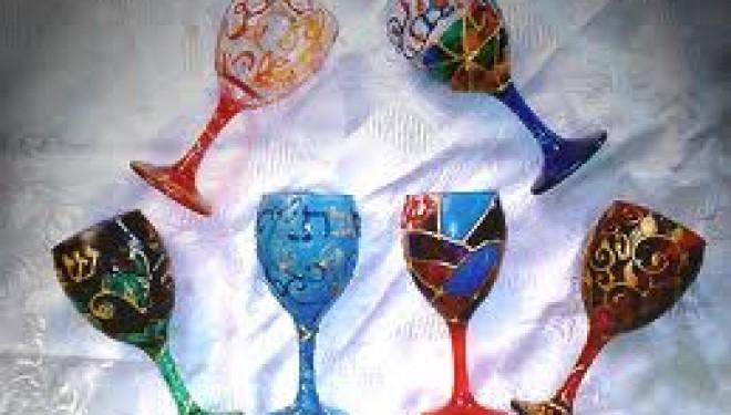 Ashdod : exposition de peintures sur verre