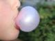 Université de Tel Aviv : les adolescents migraineux doivent arrêter de mâcher du chewing gum !