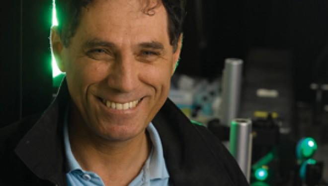 Le prestigieux prix de l'association américaine de physique remis au professeur Moti Segev du Technion