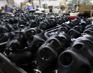 Israel arrête la distribution de masques à gaz