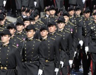 SALAIRES : LES ÉLÈVES DES GRANDES ÉCOLES FONT PROFIL BAS