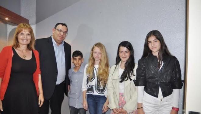 Le Ministre de l'Éducation accueille les lauréats «du meilleur lecteur»