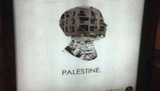 Paris : la haine d'Israël s'affiche sur des abris-bus grâce à JCDecaux