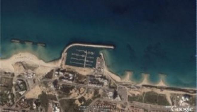 Ashdod :Tsakhi Abou examine la mise en place de brises lames sur les plages Miami et Lido