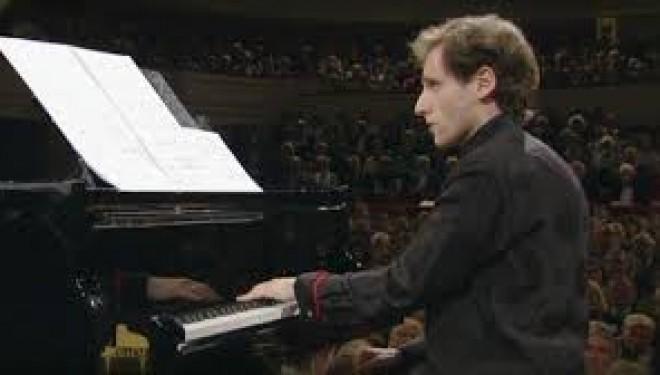 Concours de jeunes pianistes à Ashdod