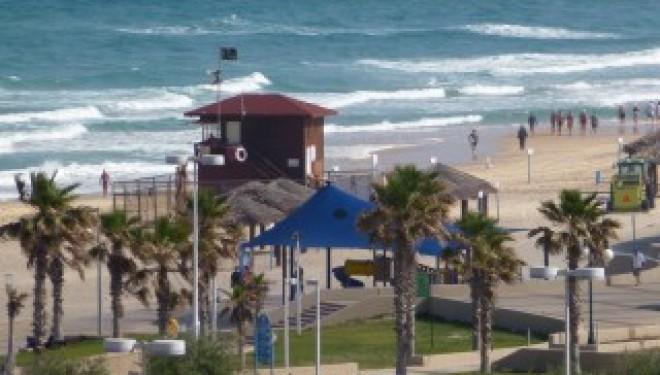 Pollution : trois plages d'Ashdod ou la baignade est interdite jusqu'à nouvel ordre