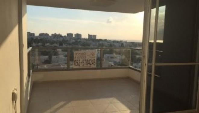 Ashdod : a louer Youd Alef appartement de 4 pieces libre de suite