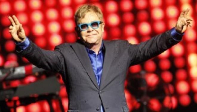 Retour en Israël d' un géant de la musique : Elton John sera a tel Aviv le 26 mai prochain