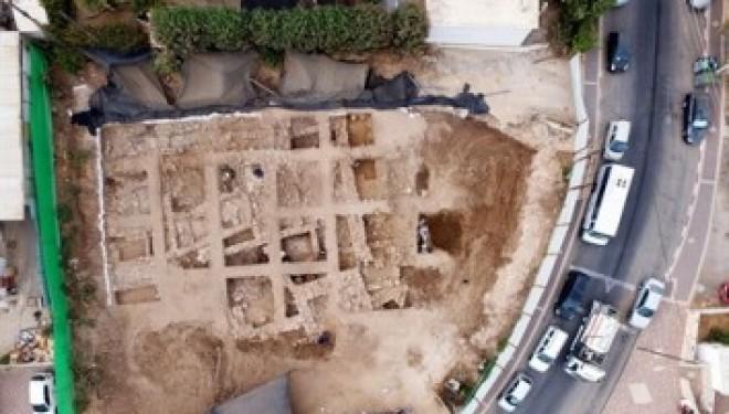 Les ruines d'une citadelle cananéenne vieille de 3400 ans a été découverte à Nahariya !