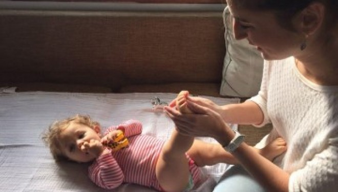 Réflexologie plantaire sur les bébés