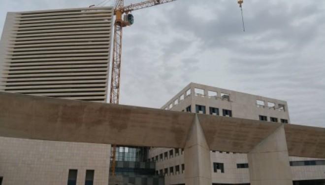 Un accord sans précédent : Assuta renoncera à ses services privés à Ashdod, mais combien recevra t-il de l'Etat ?