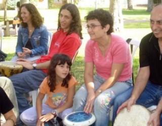 Intégration par le Kibboutz pour les familles immigrantes, une façon  idéale de maîtriser l'hebreu