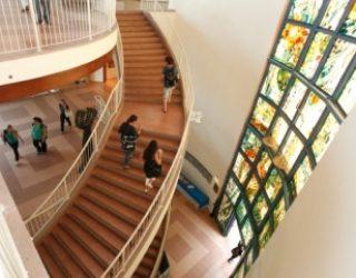 Femmes, sources et miroirs : un nouveau cycle de conferences au campus francophone de Netanya