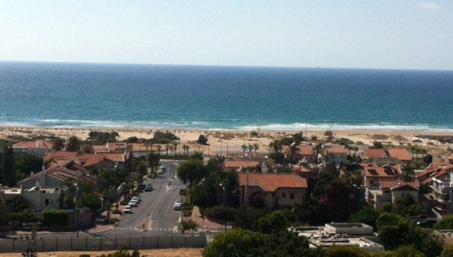 Ashdod : location saisonnière »Violette» appartement de 3 pièces, belle vue mer