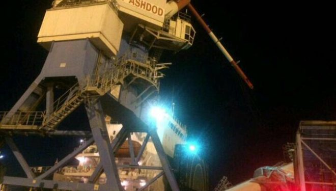 Une grue c'est effondrée dans le port d'Ashdod