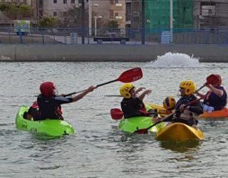 le kayak-polo : un sport pour un mode de vie sain pratiqué par nos étudiants