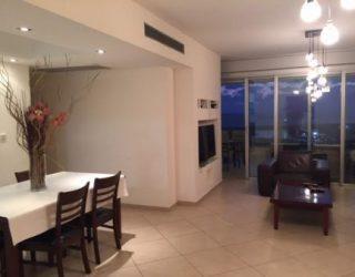 location saisonniere : Appartement 4 pièces à La Marina d'Ashdod : REF Sonia