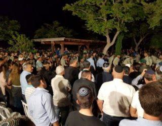 Ils étaient des milliers cette nuit pour accompagner Hadas a sa derniere demeure !