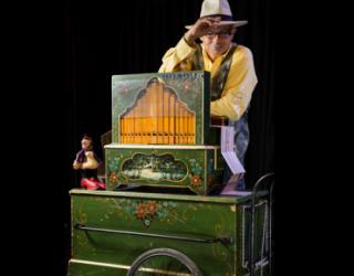 »la boite a musique» un spectacle de Yonathan Ben Haim pour toute la famille