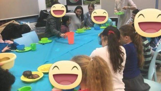 Hanoucca : une lumiere pour des enfants non voyants grace a l'association Ahdout ve Hessed Balev