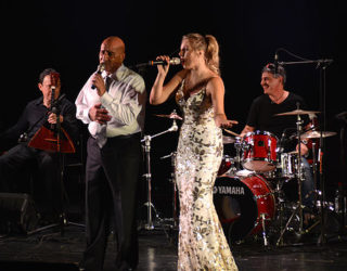 Un hommage à Esther Ofarim interprété par le duo Philippe Bismuth et Juliette Sokolov. Mardi 20.2.18