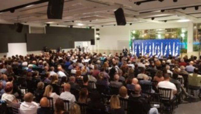 Le président du parti Yesh Atid, Yaïr Lapid, a rencontré le dimanche 29.04 les habitants d'Ashdod