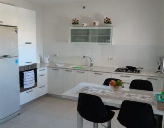 Ashkelon : Bel appartement de 4 pièces à vendre