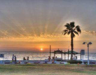 Des vacances reposantes dans un hôtel de luxe sur une plage de sable fin de Nahariyya, ça vous tente ?